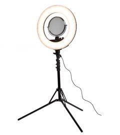 Klass Vough - Ring Light Digital 1